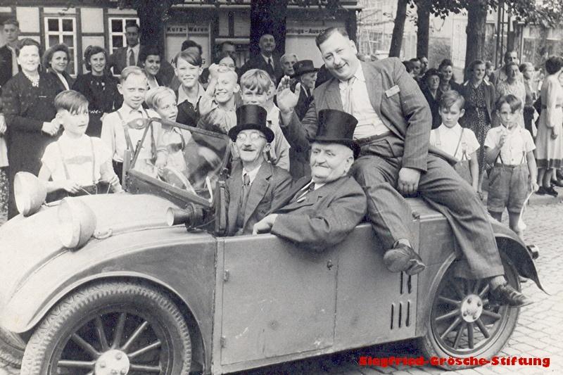 0b Herrmann+Fritz_Strohmeier, Hermann Beckmann_1950 (2)